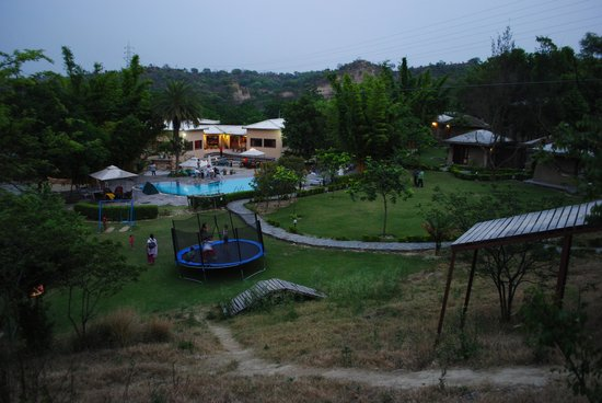 The Kikar Lodge : evening  from  top