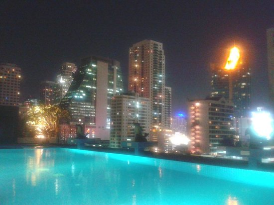 Admiral Premier Bangkok by Compass Hospitality: pool