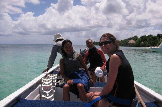 Wakatobi Dive Resort : Off to Free Dive with Ai!