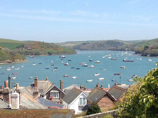 The Kings Arms: Salcombe View