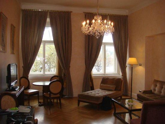 Smetana Hotel: Living room