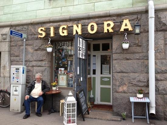 Signora Delizia: best coffee in town