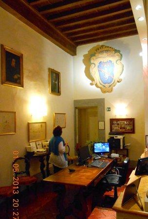 Palazzo Niccolini al Duomo: Reception area