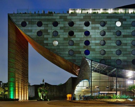 هوتل يونيك: Hotel Facade