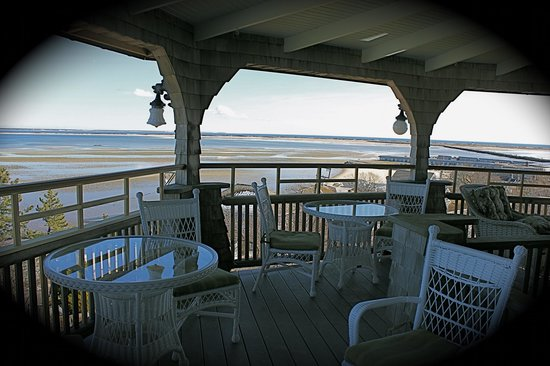 Land's End Inn: The wrap around decks make for perfection.