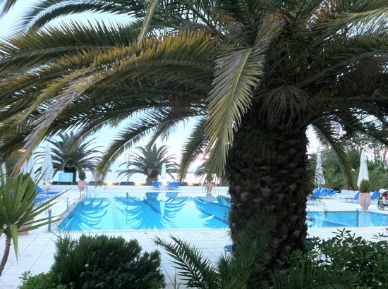 Kassandra Mare: The pool view from the restaurant
