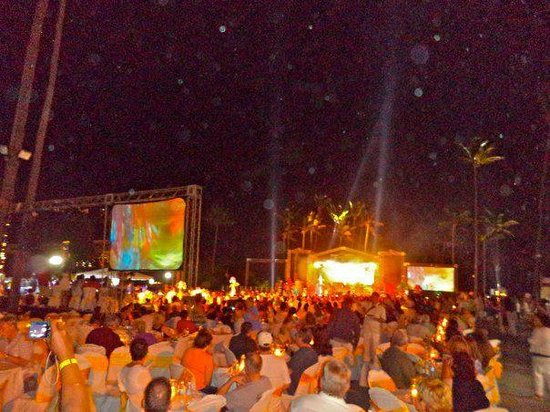 Welcome Party Sunday Night Picture Of The Tropical At