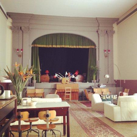 Tasso Hostel Florence: Lounge area