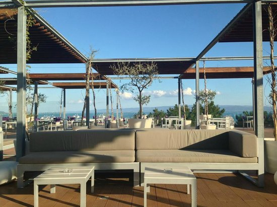 Radisson Blu Resort Split: Terrace Bar