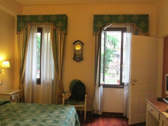 Villa Crispi: room