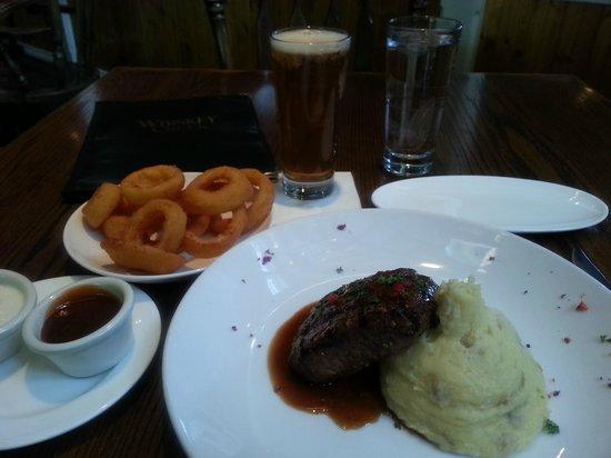 Whiskey Creek Restaurant : Dinner Plate