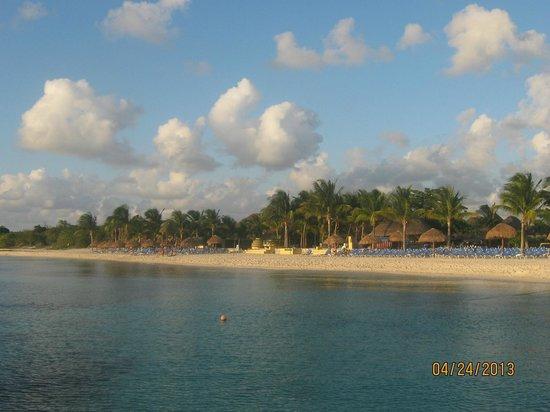 Allegro Cozumel: Resort from the ocean
