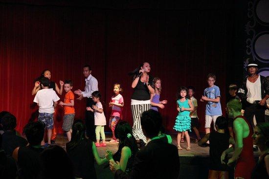 Club Med Bintan Island: kids performance