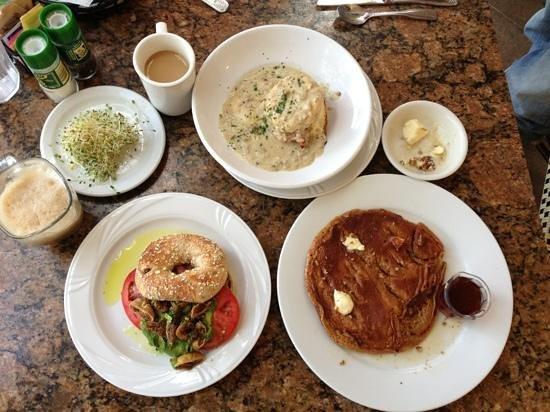 Sun Garden Cafe: best breakfast EVER!! yummy!