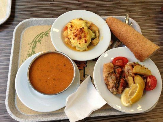 Balkan Lokantasi : 昼食です(結構多かった)