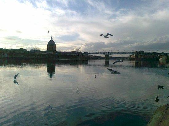 Garonne : lieu magique doux et grondant des voix ,des sons de Nougaro