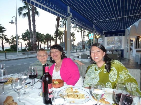 La Ultima Ola: Dinner with a view
