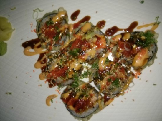 Kawa Japanese Restaurant: Fried Seafood Roll