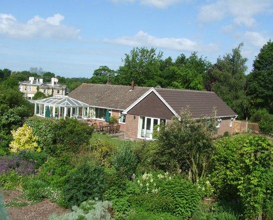 Courtlands Nurseries Bed and Breakfast: House from garden