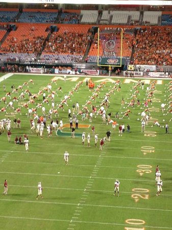 Sun Life Stadium: Warming up before the game