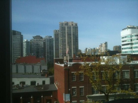 Hampton Inn & Suites Downtown Vancouver: This is a view from room 511