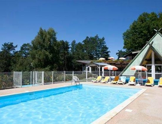 Vvf villages neuvic plage for Piscine ussel