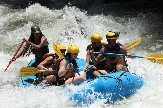 Costa Rica Descents: Rafting clase III-IV
