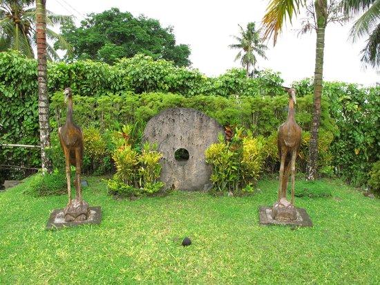 Yap Pacific Dive Resort: fuori dalla reception