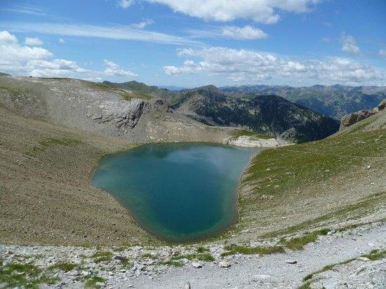 Les Terres Blanches : lac d'allos