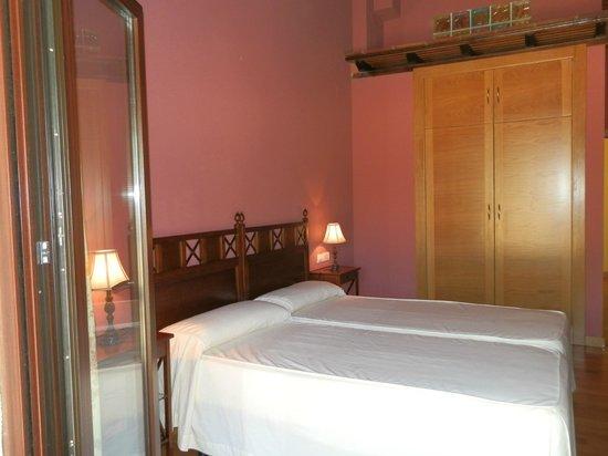 Hotel Rural Alcor del Roble: habitación