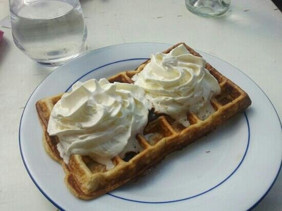 Le Cornet d'Amour: gaufre choco chantilly 5€80 ...