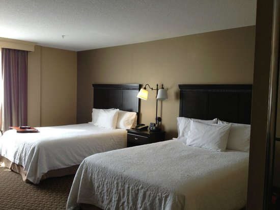 Hampton Inn and Suites by Hilton Edmonton/West: Wonderful Beds