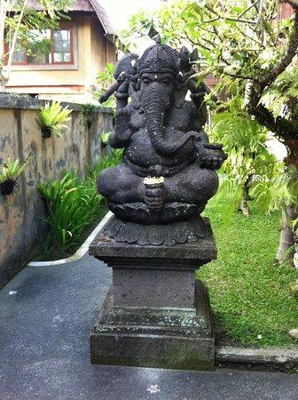 Nyoman Karsa Bungalows: Ganesha