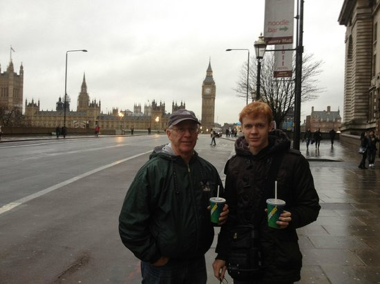 Barmy Badger Backpackers: Sightseeing in London