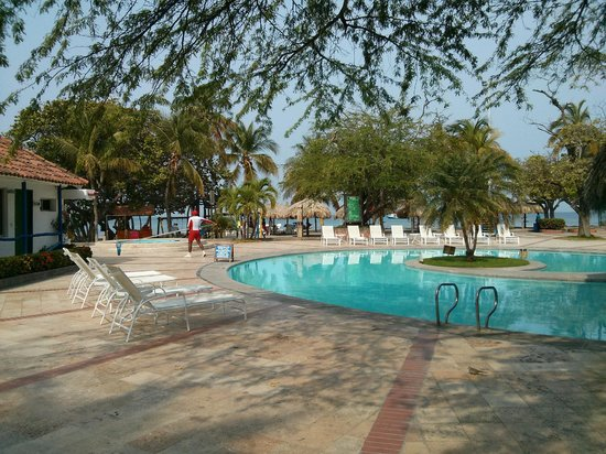 Estelar Santamar Hotel & Convention Center: Second pool and cottage area