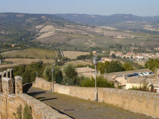 B&B La Casa di Tufo: Orvieto Walls