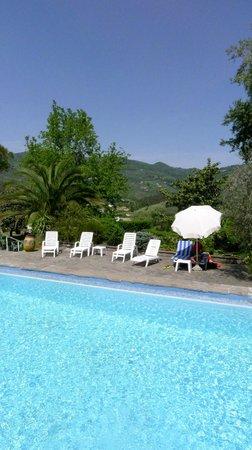 Casa del Pino: Pool mit tollem Blick in die hügelige Landschaft