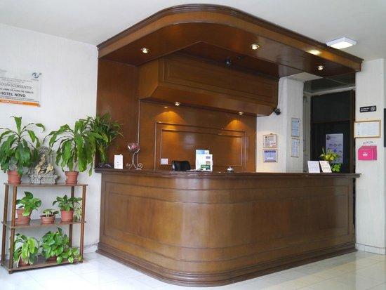 Hotel Novo: Recepción