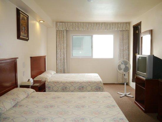 Hotel Novo: Habitación estándar primer piso