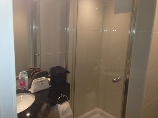 Holiday Inn London - Kensington High Street: Salle de bain