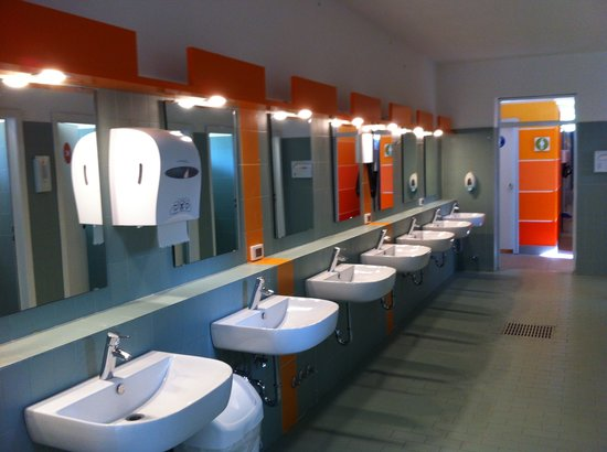Italy Camping Village: Toilet