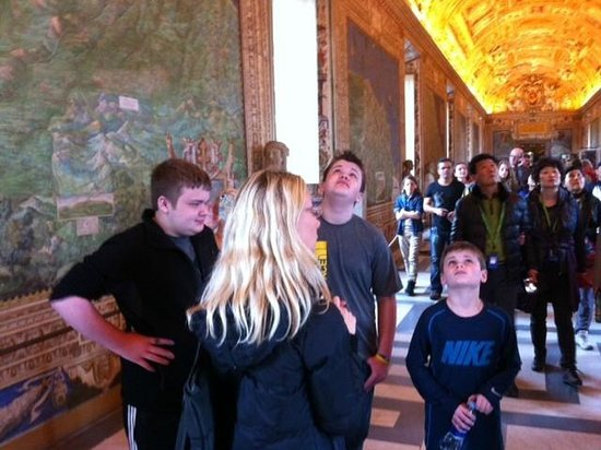 Romasi: The Vatican Museums with our guide Angela Caiati