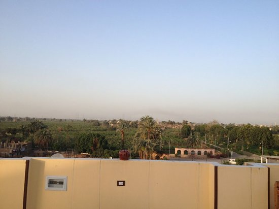 Al Hambra Hotel: view from the roof top