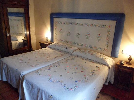 Casa rural amanecer prices guest house reviews for Casa rural mansion terraplen seis