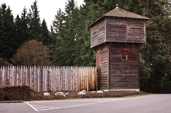 Fort Nisqually Living History Museum : Fort Nisqually bastion
