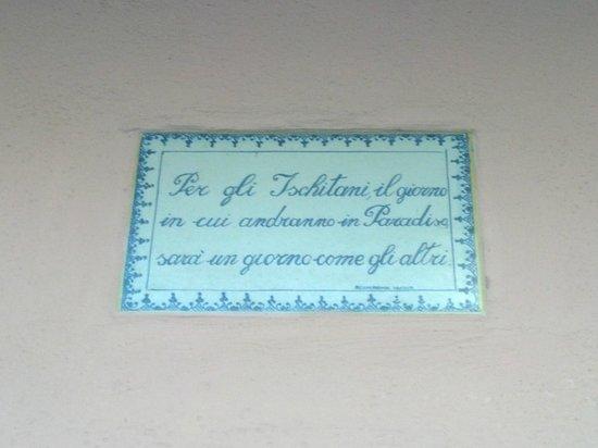 Hotel Rivamare: questa si dice l'abbia detta Goethe..ma se la dividono con Amalfi...