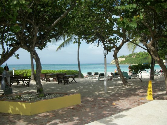 Pineapple Beach Club Antigua: Ocean -beautiful view