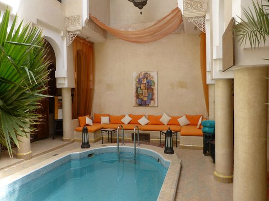 Angsana Riads Collection Morocco : Seating area by pool