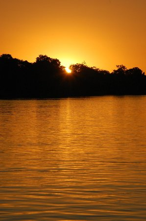 Chobe Game Lodge: Sunset on the Chobe River