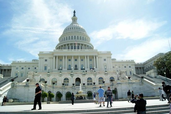 Old Town Trolley Tours of Washington DC: us capitol building